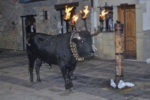 Toro embolado a cuatro fuegos